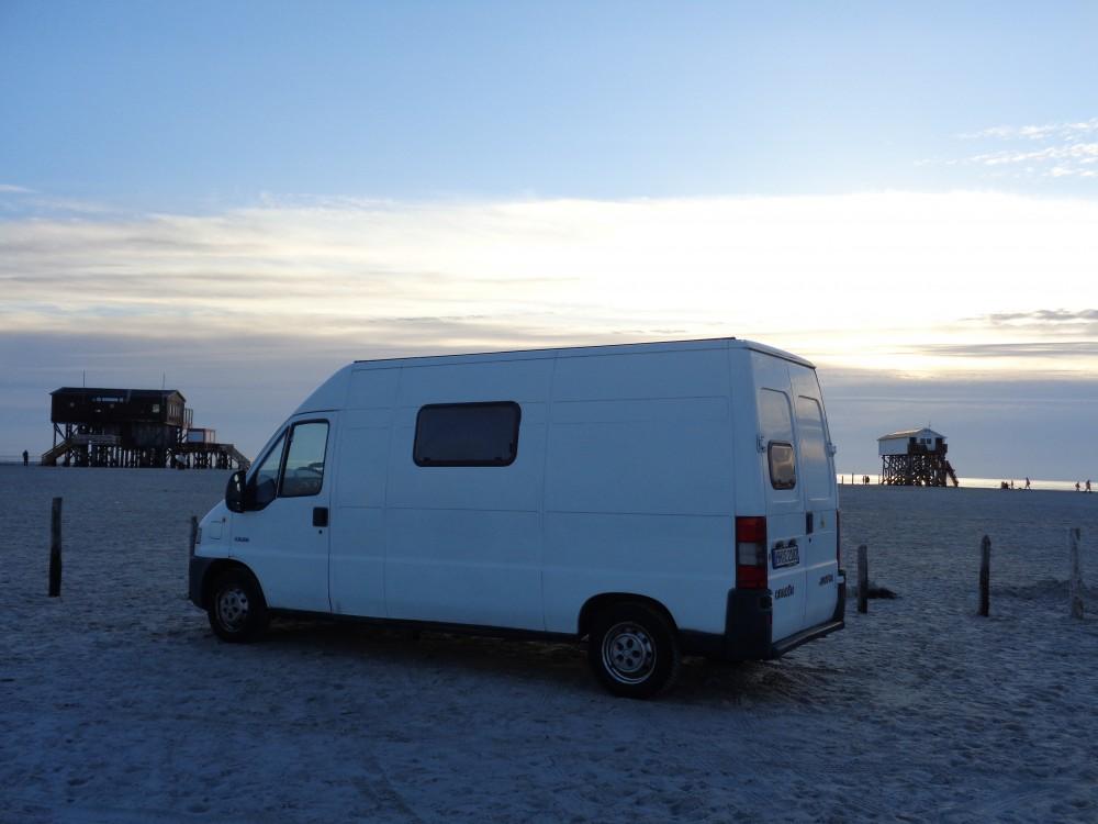 bulli bus campervan beach